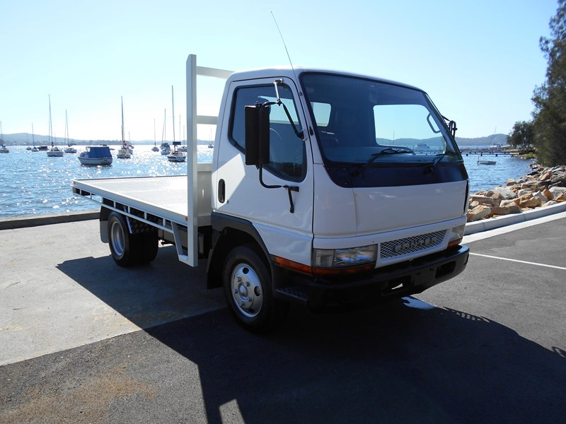 fuso canter 515 4x2 682564 001