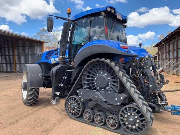 new holland t8.435 683158 009