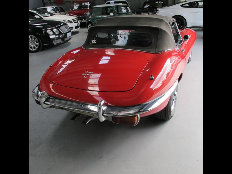 jaguar e-type 683047 027