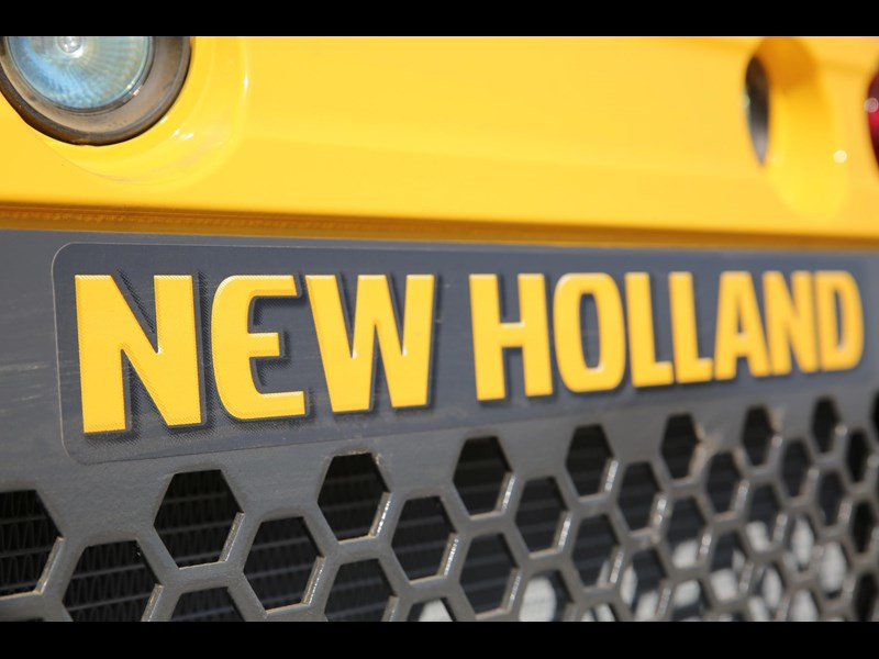 new holland l218 683796 007