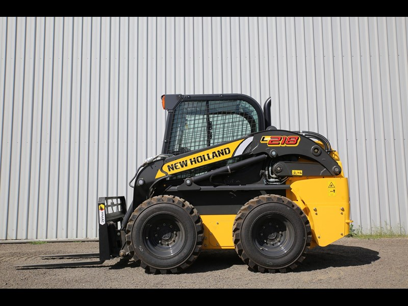 new holland l218 683796 023