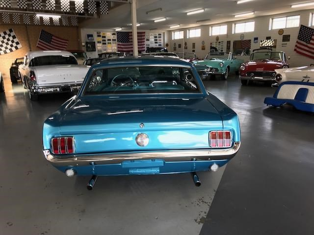 ford mustang 684594 063