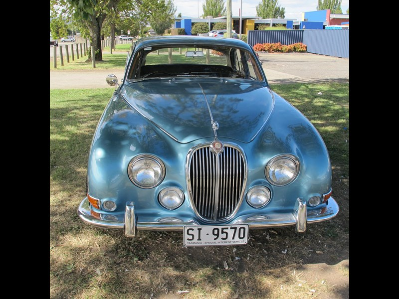 jaguar s-type 679496 009