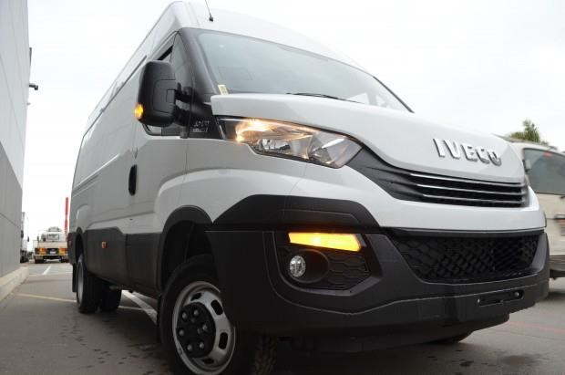 iveco daily 50c 17/18 633847 015