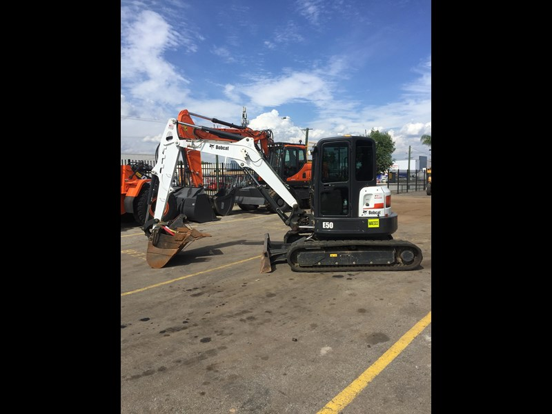 bobcat e50 - excellent condition - price reduced! 687499 001