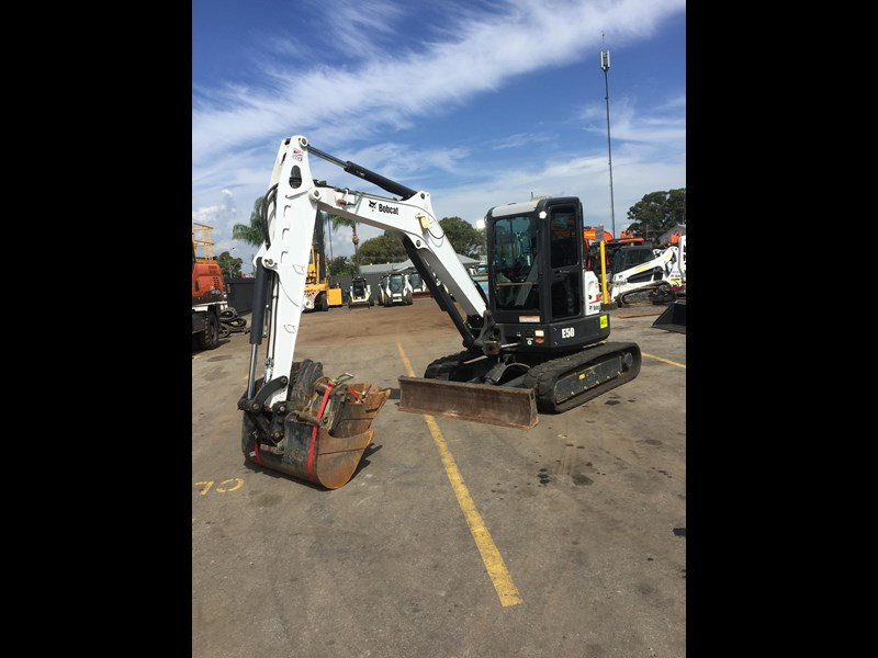 bobcat e50 - excellent condition - price reduced! 687499 003