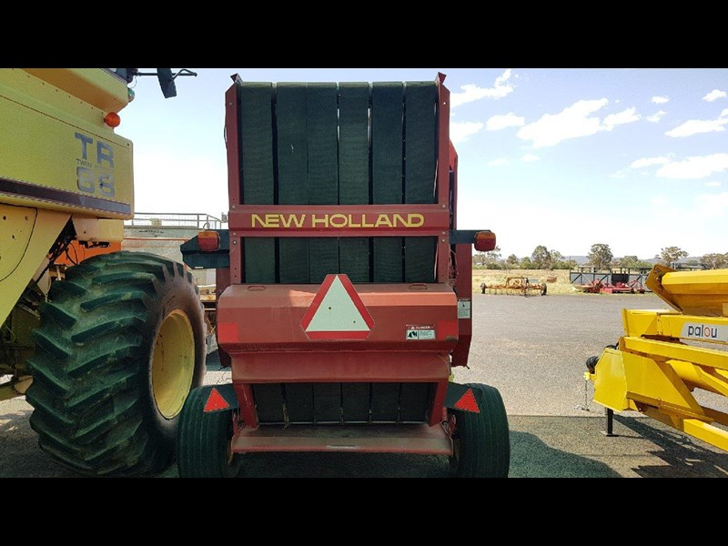 new holland 654 round baler 688078 009