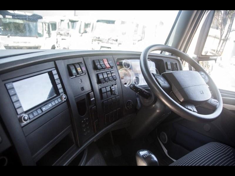 DIAMOND REO A7 8x4 Tilt Tray Truck for sale