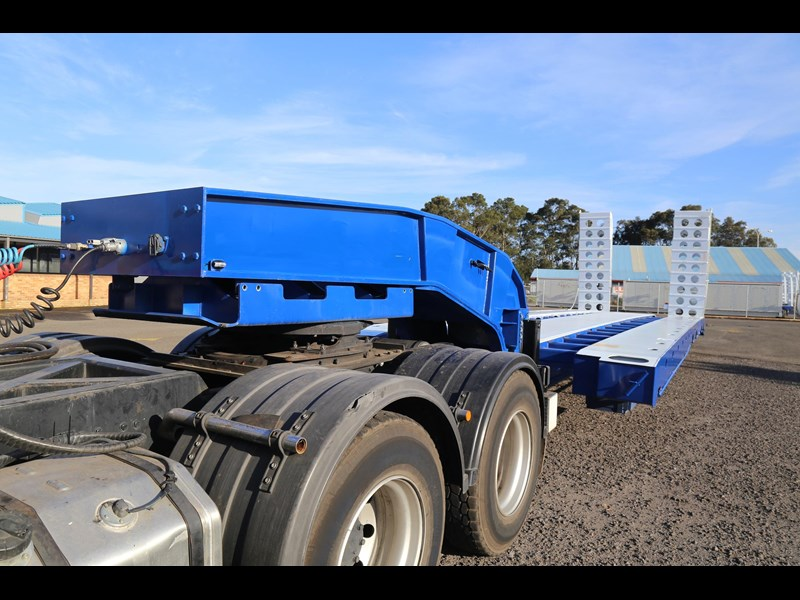 aaa quad axle low loader widener with bi-ford ramps 684540 007