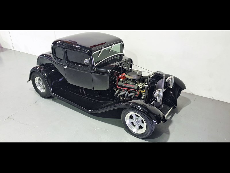 ford roadster 691635 005