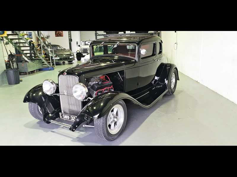 ford roadster 691635 001