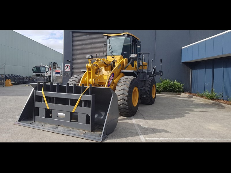 active machinery al958e 19.5t, 'cat engine, 4spd electric trans, 3 yr warranty 588706 037