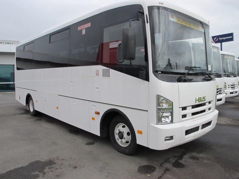isuzu i-bus 34 seater school bus 693287 001