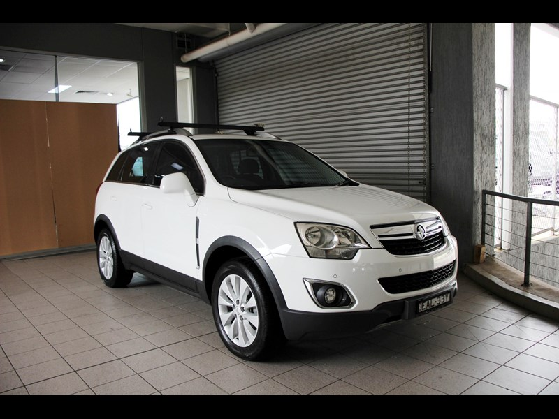 holden captiva 693314 001