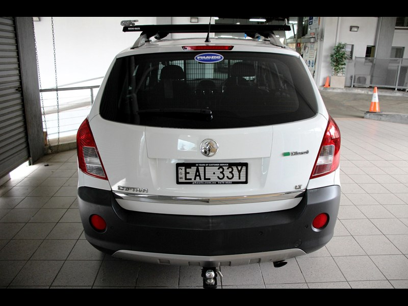 holden captiva 693314 009