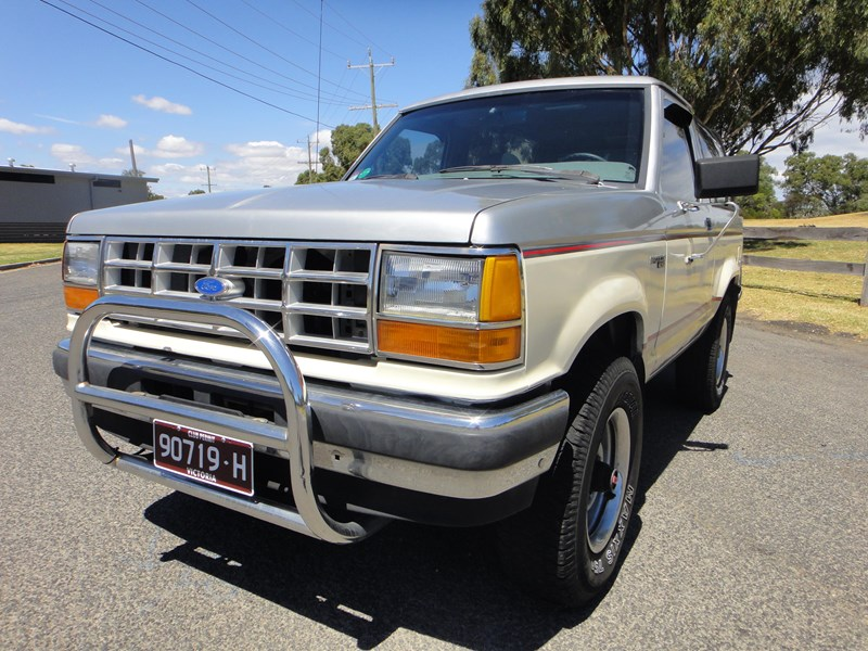 ford bronco 693402 005