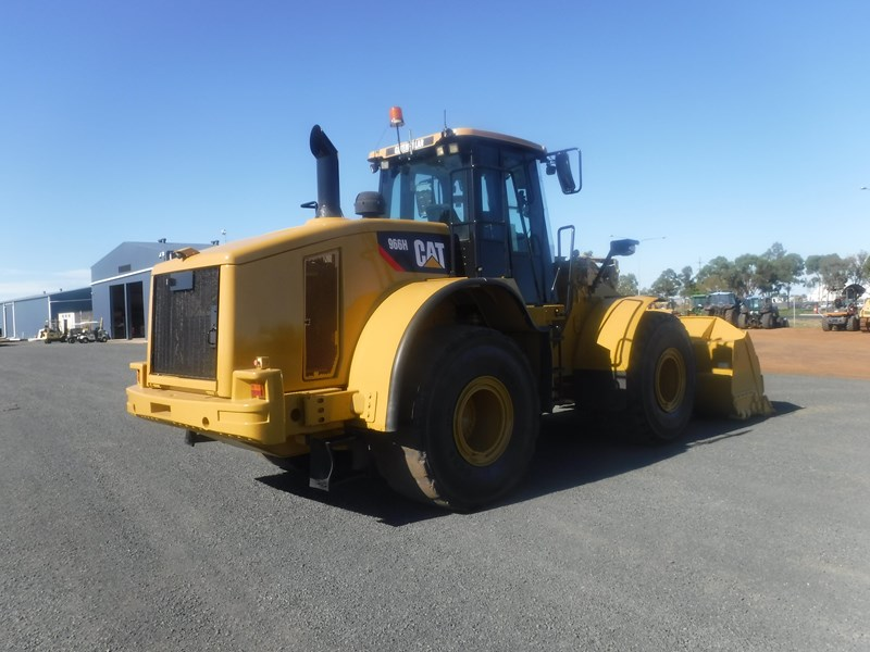 caterpillar 966h loader 684117 007