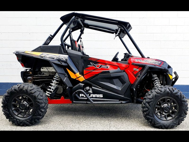 polaris rzr xp 1000 682572 001