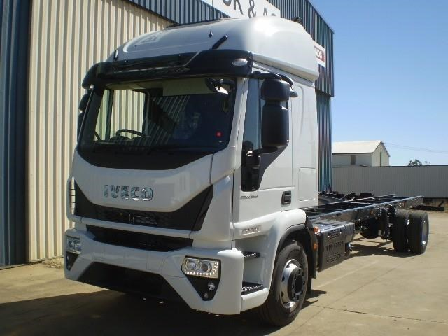 iveco unknown 655177 005