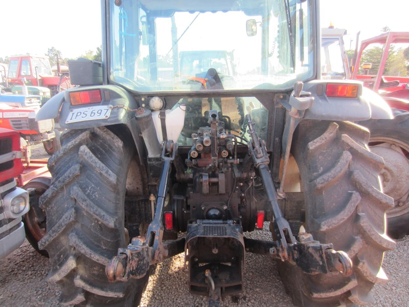 new holland tn70d 4 wheel drive tractor 694672 021