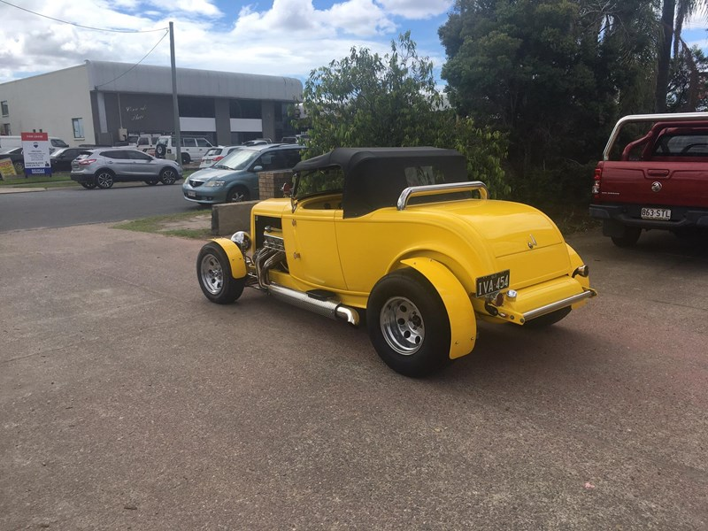 ford roadster 695006 003