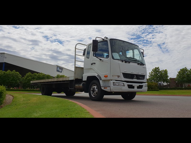 fuso fighter 1024 642294 003
