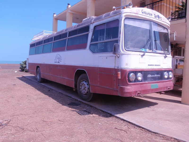 leyland leopard bus, 1978 model 695701 001
