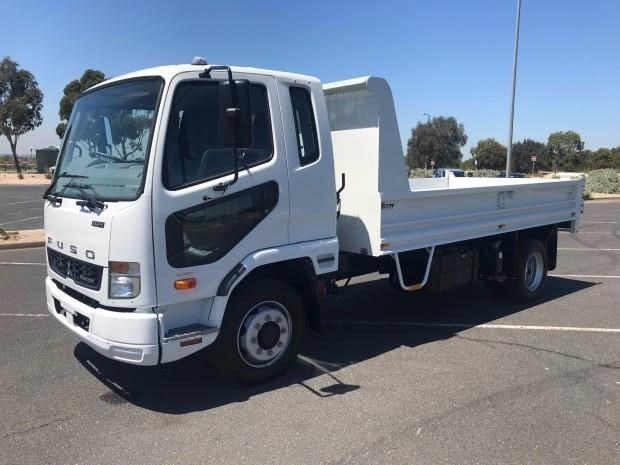 fuso fighter 683348 005