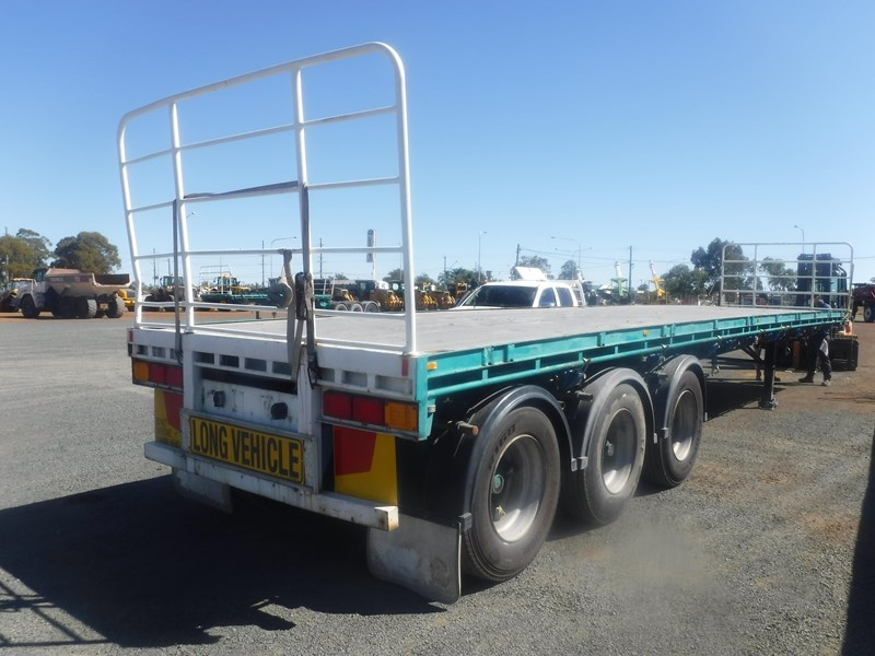 krueger 44ft flat top trailer 696353 001