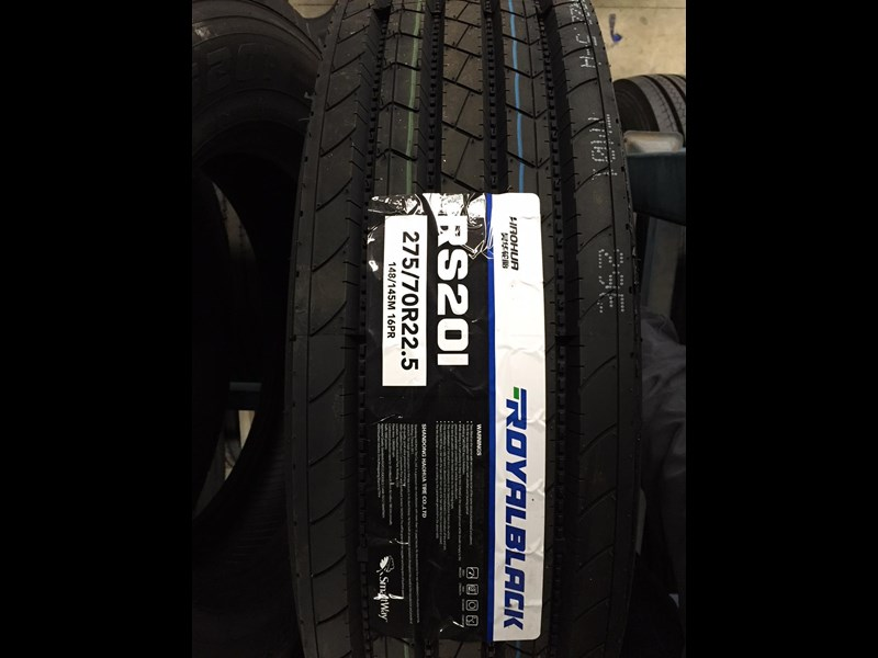 royal black 275/70r22.5 699606 001