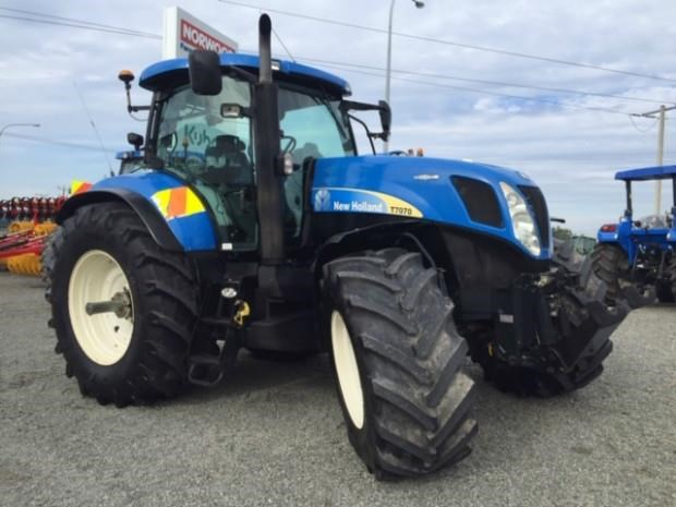 new holland t7070 699996 001
