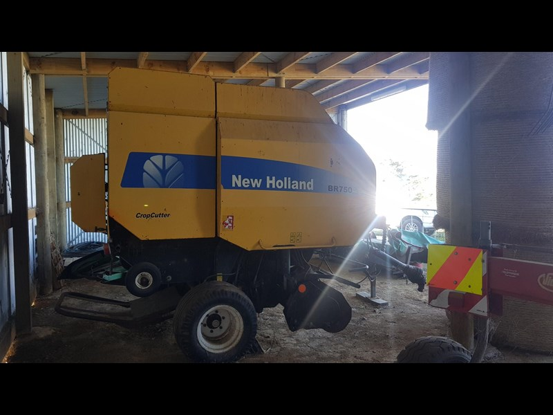 new holland br750a 700002 001