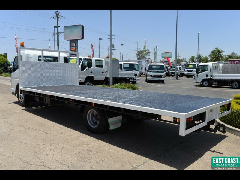 fuso canter 698975 005