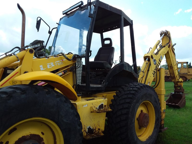new holland llb115 701117 005