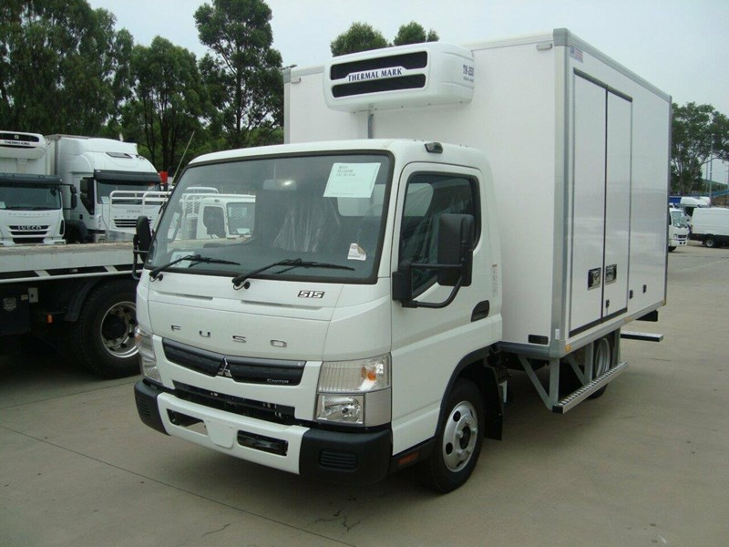 fuso canter 661081 005