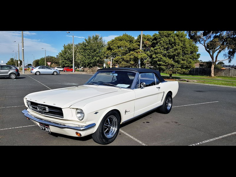 ford mustang 702283 001