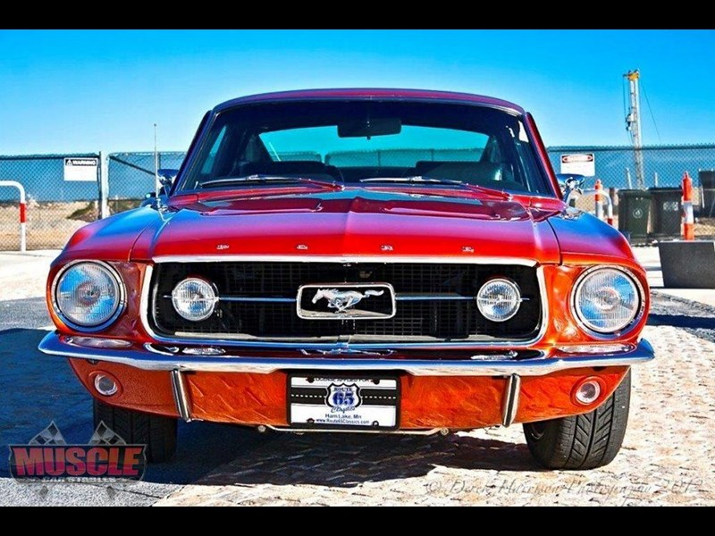ford mustang 702640 009