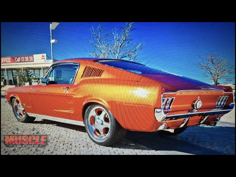 ford mustang 702640 029