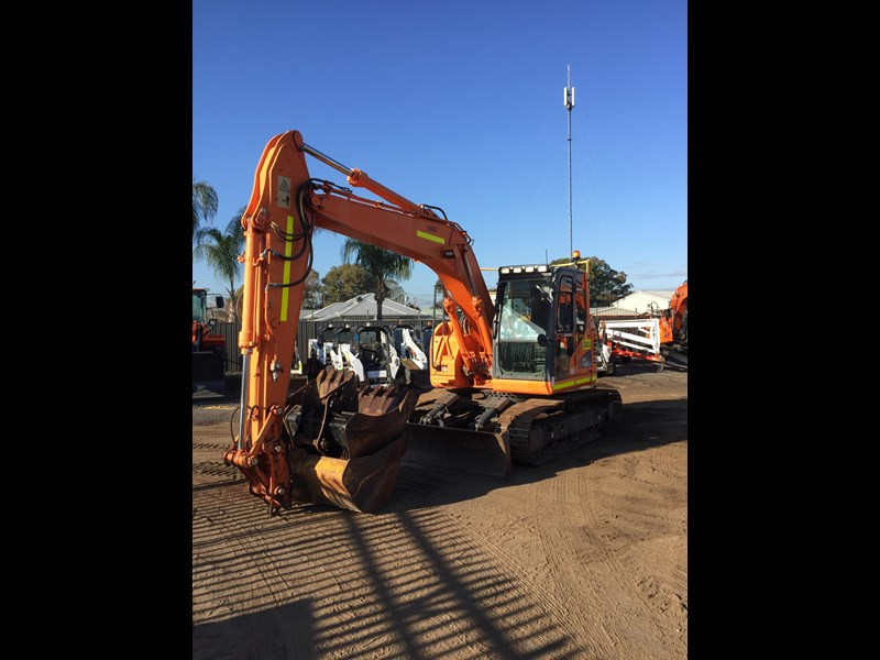 doosan dx140lcr - excellent condition - low hours! 703003 009