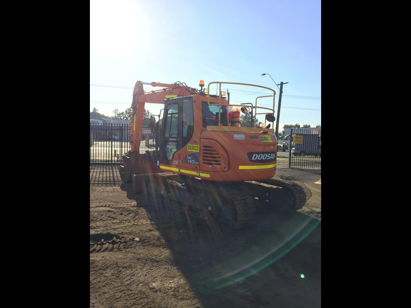doosan dx140lcr - excellent condition - low hours! 703003 011