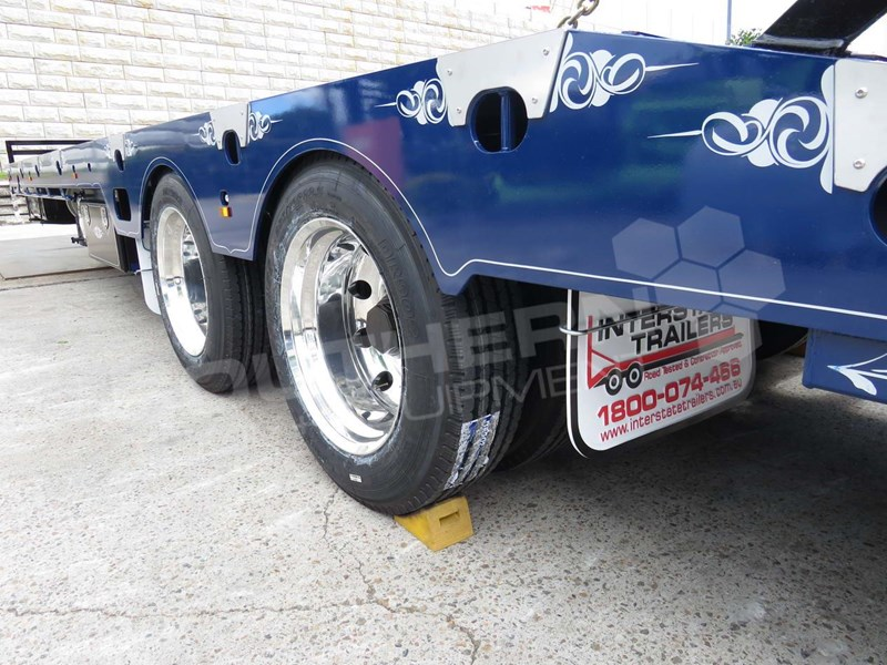 interstate trailers elite tandem axle 703083 063