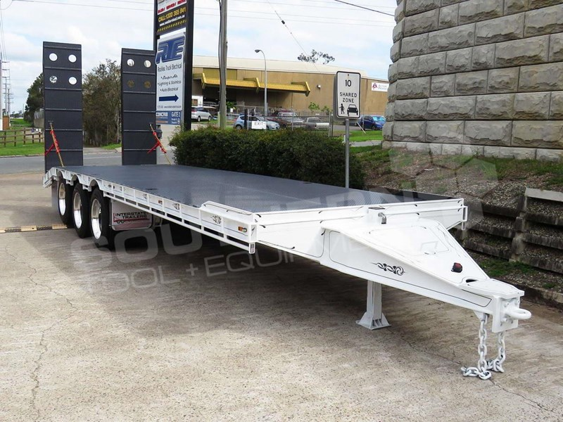 interstate trailers tri axle 703507 009