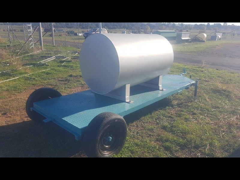 fuel tank on trailer 950 ltr 703571 011