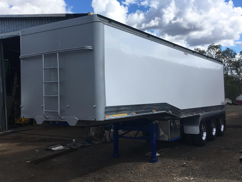graham lusty glt tri axle 703982 001