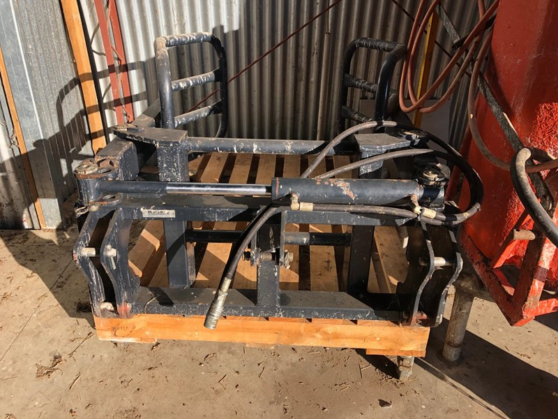 pearson engineering bale clamp 704015 005