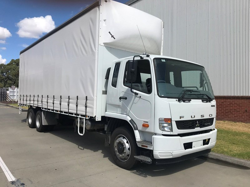 fuso fighter 2427 677607 001