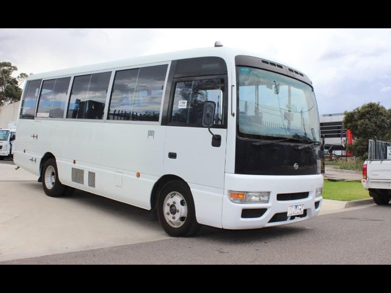 nissan civillian bus 705666 017