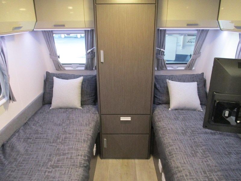 jayco journey 19.61-2 single beds 705886 011