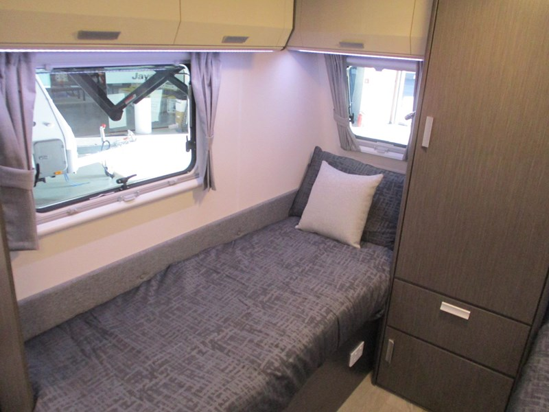 jayco journey 19.61-2 single beds 705886 013