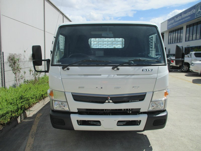 fuso canter 698477 005